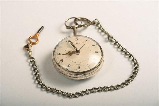 Stříbrné kapesní hodinky od londýnské firmy Eardley Norton z II. poloviny 18....