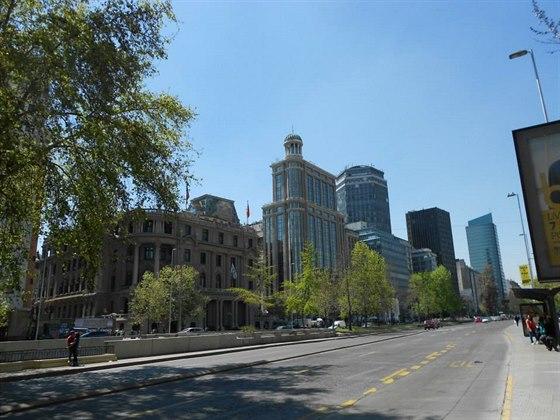Ulice Huérfanos v centru Santiaga