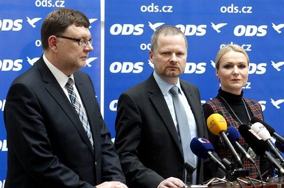Šéf poslanců ODS Zbyněk Stanjura, předseda strany Petr Fiala a poslankyně Jana...
