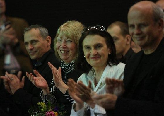 Exministryně Milena Vicenová, herečka Eva Holubová a textař Michal Horáček na...