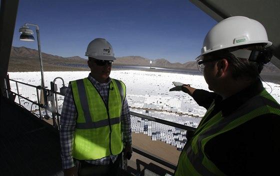 Největší solárně-termální elektrárna na světě s názvem Ivanpah Solar Electric...