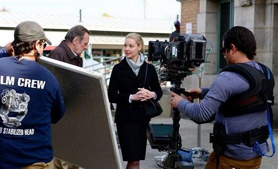 Katherine Heiglová při natáčení filmu Jenny's Wedding