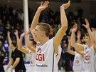 Basketbalisté Děčína se radují z výhry nad Ústí nad Labem.