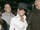 Victoria Beckhamová na letišti v Los Angeles 13.1.2007. Tehdy ještě měla prsní...
