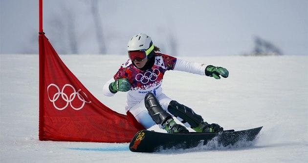 Ester Ledecká v kvalifikaci paralelního ob�ího slalomu na olympijských hrách v