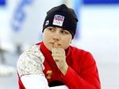 Česká rychlobruslařka Karolína Erbanová se rozcvičuje před začátkem závodu na 500 metrů v Adler Aréně. (11. února 2014)