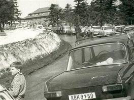 O lyžování na Klínovci byl v 70. i 80. letech minulého století velký zájem, jak...