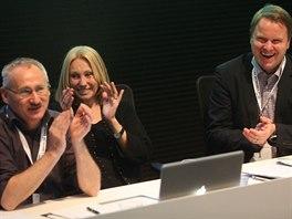 Martin Bursík s Olgou Sommerovou a Tomášem Havlíčkem na ustavujícím sněmu...