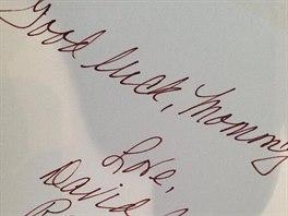David Beckham s dětmi poslali Victorii Beckhamové před přehlídkou vzkaz, v němž...
