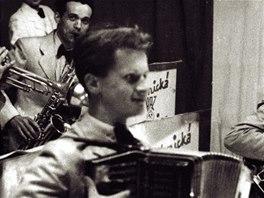 Jiří Šlitr  v předsemaforském období s akordeonem
