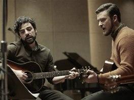 Z filmu V nitru Llewyna Davise (Oscar Isaac, Justin Timberlake)