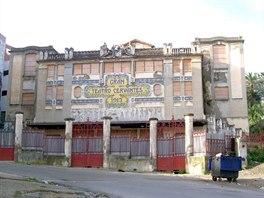Cervantesovo divadlo v Tangeru ned�vno slavilo sto let od zalo�en�
