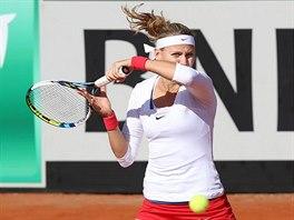Česká tenistka Lucie Šafářová během duelu se Španělkou Sorelovou.