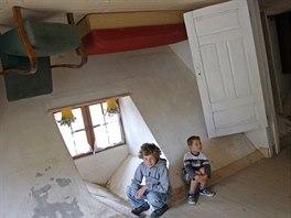 Převrácený dům je dílem polského filantropa a obchodníka Daniela Czapiewskiho.