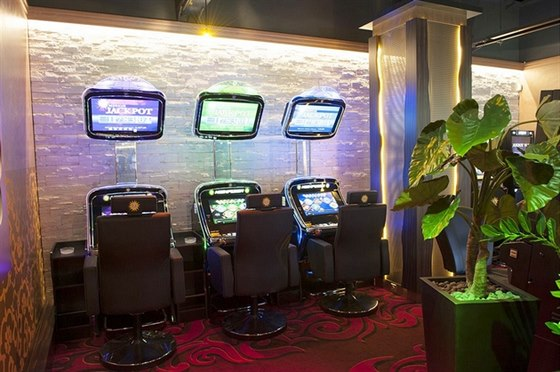 Merkur Casino: 22 let v�c ne� jen hra!