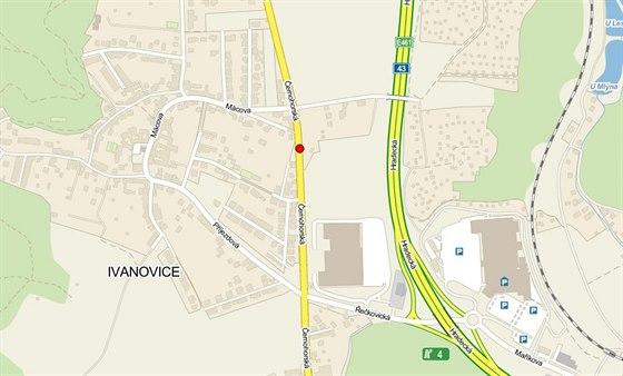 Opilý šofér nezvládl jízdu po Černohorské ulici vedoucí městskou částí...
