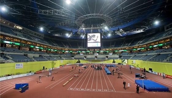 V pražské O2 areně finišují přípravy na mezinárodní atletický mítink Praha