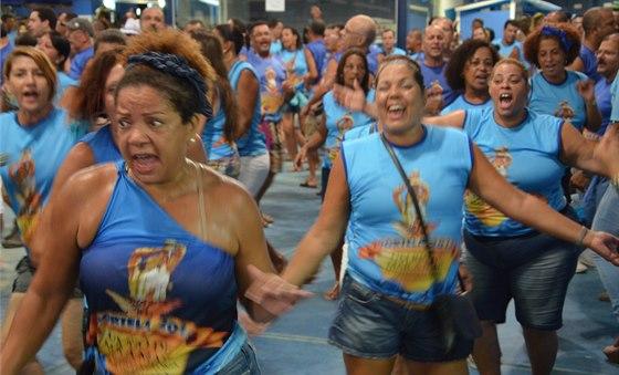 Samba, to je divoký rytmus, tanec plný emocí.