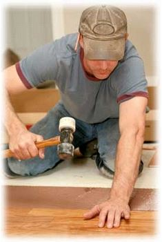 Je nutn� pokl�d�n� podlahy sv��it odborn�k�m?