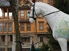V Janukovyčově rezidenci, která se v překladu jmenuje Mezihoří, jsou všude...
