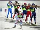 �esk� biatlonistka Gabriela Soukalov� (vp�edu) ve �tafetov�m z�vodu na 4x6...