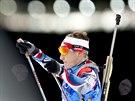 Český biatlonista Ondřej Moravec v závodu mužské štafety na 4x7,5 kilometru....