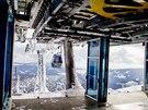 V sobotu byl otevřen druhý úsek nové lanové dráhy z Růžové hory na Sněžku. (22....