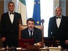 Nový italský premiér Matteo Renzi předsedá prvnímu zasedání své vlády. (22.