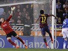 PRVNÍ RÁNA PRO BARCELONU. Ve 32. minutě inkasoval katalánský klub na hřišti San...