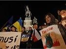 Na pražské Václavské náměstí přišly kyjevské demonstranty podpořit stovky