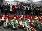 Zatímco v ukrajinském parlamentu politici od rána jednají, lidé v ulicích