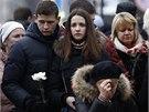 Zatímco v ukrajinském parlamentu politici od rána jednají, lidé v ulicích...