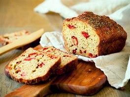 Chléb se sušenými rajčaty a mozzarellou