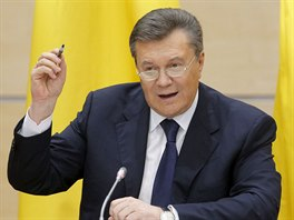 Viktor Janukovyč na tiskové konferenci v ruském Rostově na Donu (28. 2. 2014).