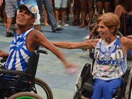 Tito vozíčkáři dokazují, že tancem se může vyjádřit každý.