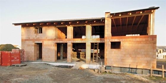Bára Špotáková staví vlastní rodinný dům. Rozhodla se pro cihly HELUZ