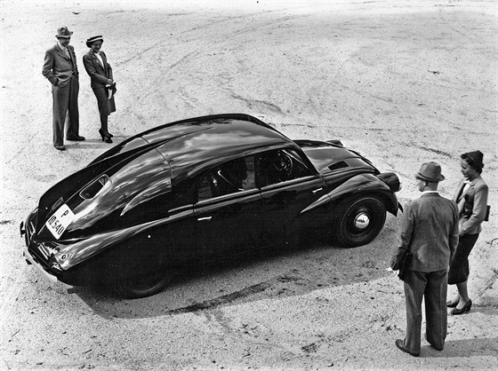 Tatra 97 byla nejmenší ze sériově vyráběných aerodynamických tatrovek.