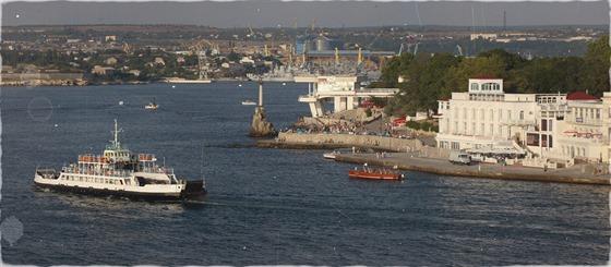 Sevastopol v roce 2007. To bylo ještě možné vydat se do přístavu na pronajaté...