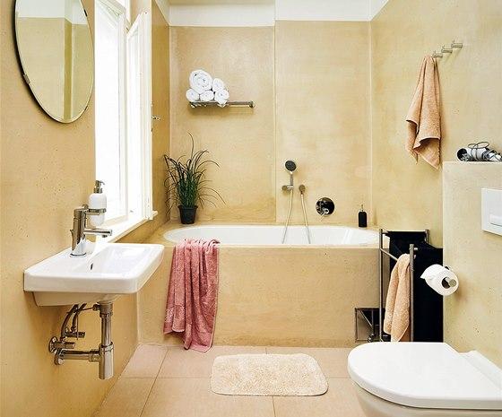 Veškerá sanita je od výrobce Jika, dlažba Big Tile, rozměr 50 x 50 cm,
