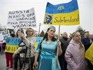 Krym nejsou Sudety. Za práva krymských Tatarů se demonstrovalo i ve Washingtonu.