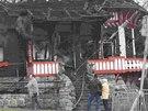 Co zbylo... Ze slavné Jurkovičovy chaty zůstalo po požáru jen torzo.