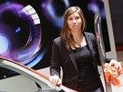 Zlatá olympionička Eva Samková na autosalonu v Ženevě
