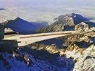 Prototyp Concorde při letu nad Pyrenejemi.