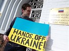 Před konzulát Brňané i Ukrajinci dorazili v neděli po druhé hodině odpoledne....
