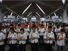 Pátrání po ztraceném malajsijském letadle. Kromě námořnictva se zapojily i