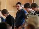 Trojice obžalovaných z vraždy patnáctileté dívky v Jihlavě před krajským soudem...
