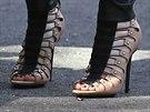Gwen Stefani nosí boty z vlastní kolekce.