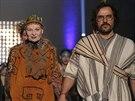 Vivienne Westwoodová a její manžel Andreas Kronthaler na pařížském týdnu módy...