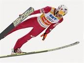 Kamil Stoch při závodu SP ve skocích na lyžích v Oslu