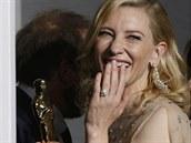 Cate Blanchettová s loňským Oscarem za Jasmíniny slzy